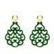 Grüne Ohrringe mit gold glänzenden Steckern aus der Reunion Kollektion