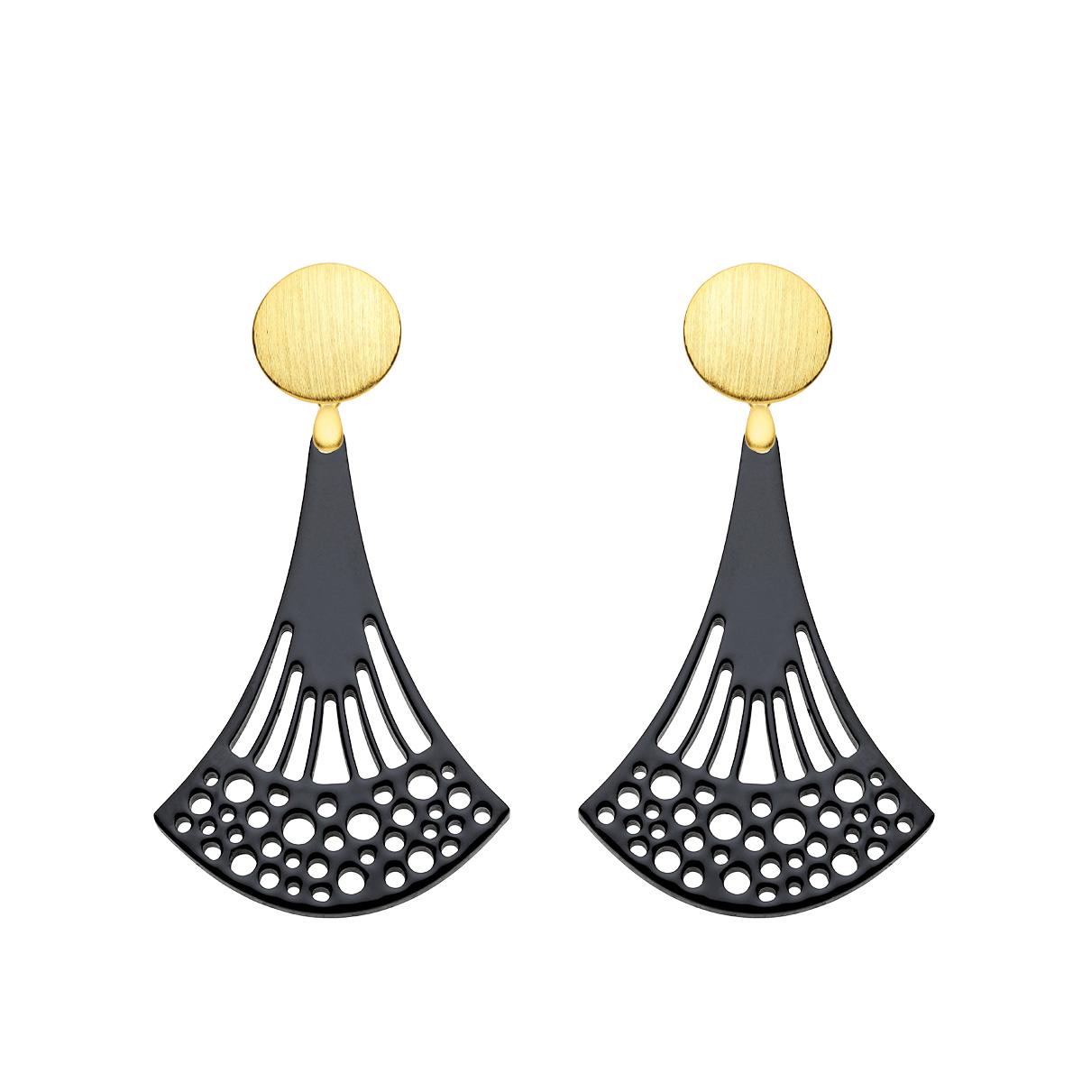 Ohrringe hängend aus Horn in Schwarz mit Wechselsystem in Gold aus der Ponza Kollektion von Romy North