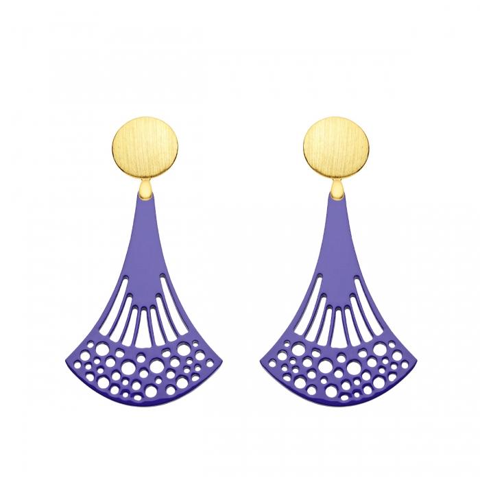 Ohrringe Stecker in Gold mit Hornanhänger in Violett aus der Ponza Kollektion von Romy North
