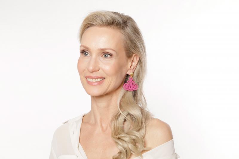Ohrringe ausgefallen in Pink aus Horn von Romy North