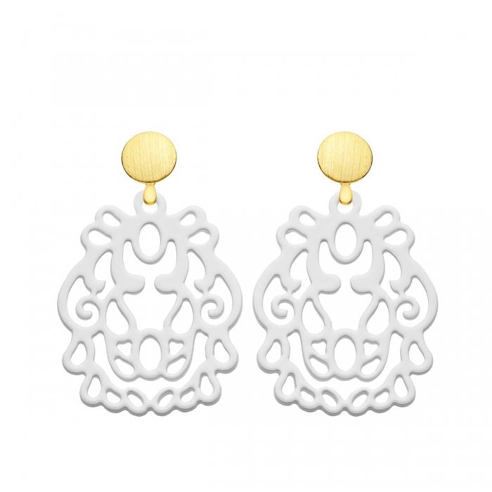 Ohrringe weiß aus Horn mit mattem Goldstecker aus der Bali Kollektion von Romy North