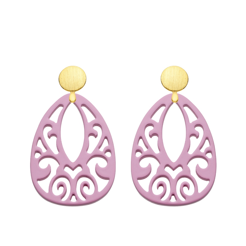 rosa Ohrringe aus Horn mit Ornamenten aus der Jamaika Kollektion von Romy North