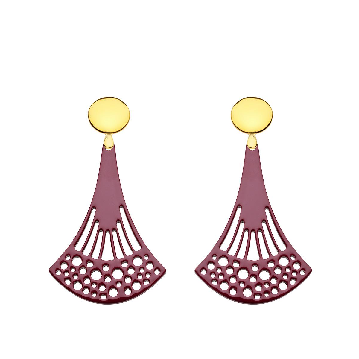 Lange Ohrringe aus Horn in Pflaume mit Goldstecker aus der Ponza Kollektion von Romy North