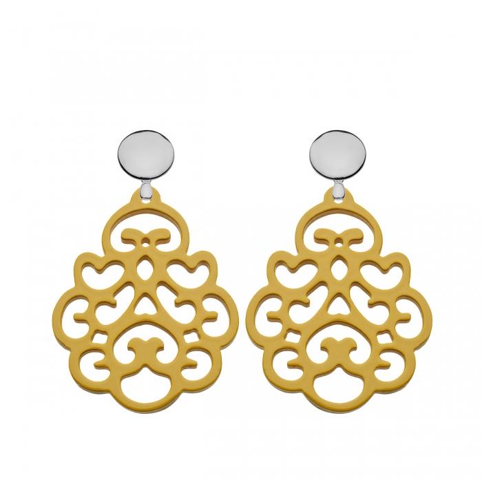 Ohrringe gelb aus Horn mit Ornamenten aus der Reunion Kollektion von Romy North