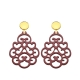 Rote Ohrringe aus Horn mit Ornamenten mit Goldstecker aus der Reunion Kollektion von Romy North