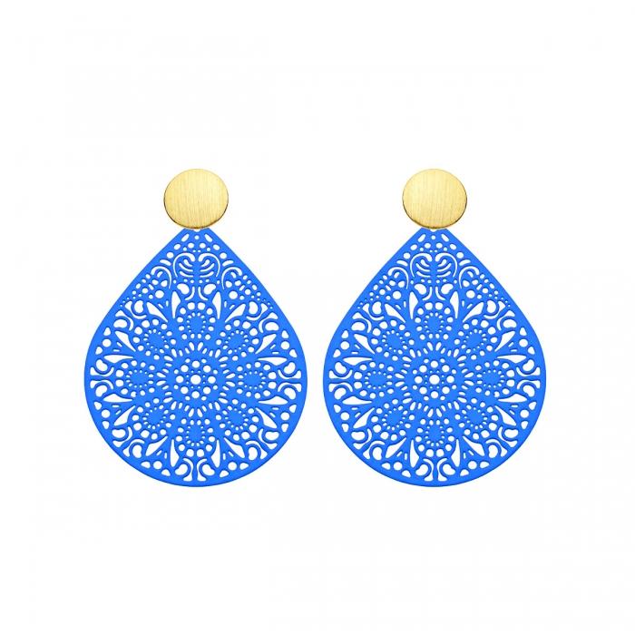 individuelle Ohrringe Blau mit Ornamenten mit matte Goldstecker von Romy North