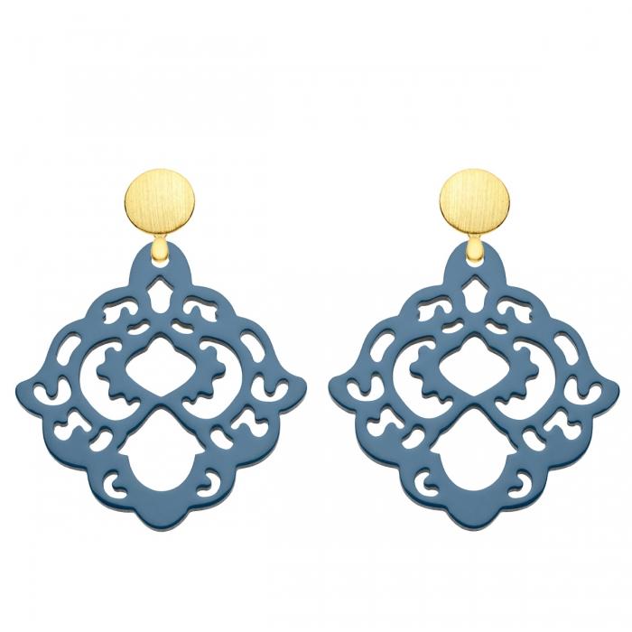 Blaue Ohrringe aus Horn mit matten Goldsteckern aus der Bora Bora Kollektion von Romy North