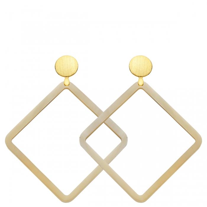 Große, quadratische Naturhorn Ohrringe mit matte Goldstecker aus der Hvar Kollektion von Romy North