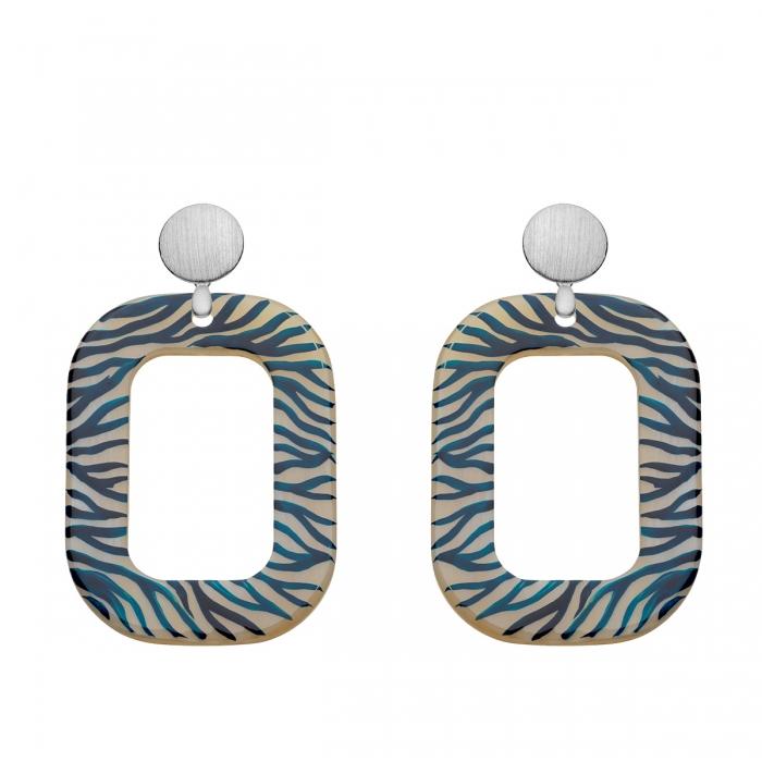Animal print Ohrringe aus Horn mit blauer Bemalung und matte Silberstecker von Romy North