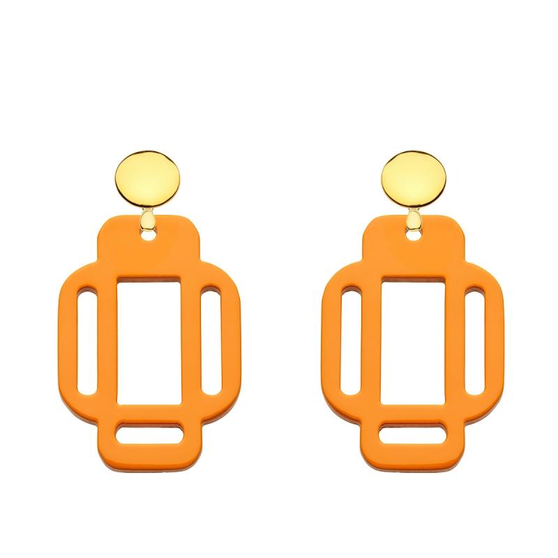 Schöne, orange Ohrringe eckig aus Horn mit Goldstecker von Romy North