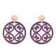 Runde Ohrringe Violett aus Horn mit Ornamenten mit matte Rosestecker aus der Santorin Kollektion von Romy North