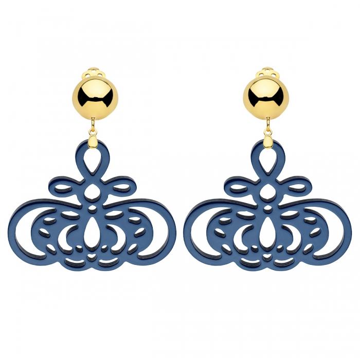 Ohrclips gold mit blaue Anhänger aus Horn mit Ornamenten aus der Barbados Kollektion von Romy North