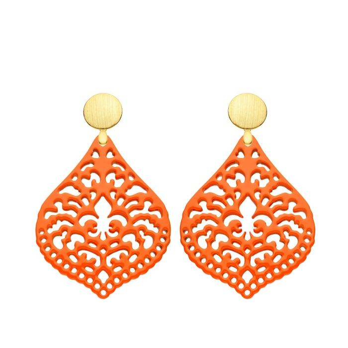 Ohrringe Orange aus Horn in Tropfenform mit matte Goldstecker von Romy North