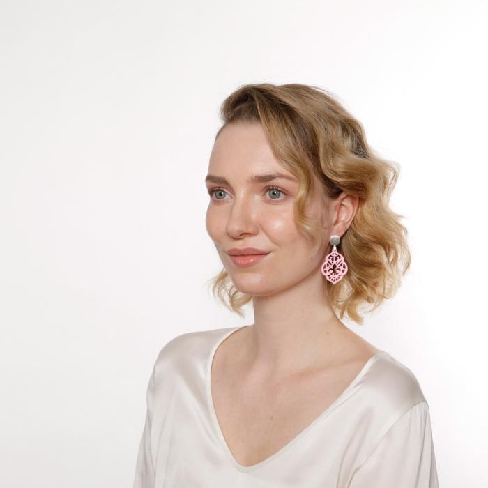 Silber Ohrringe mit Rosa Anhänger aus Horn von Romy North